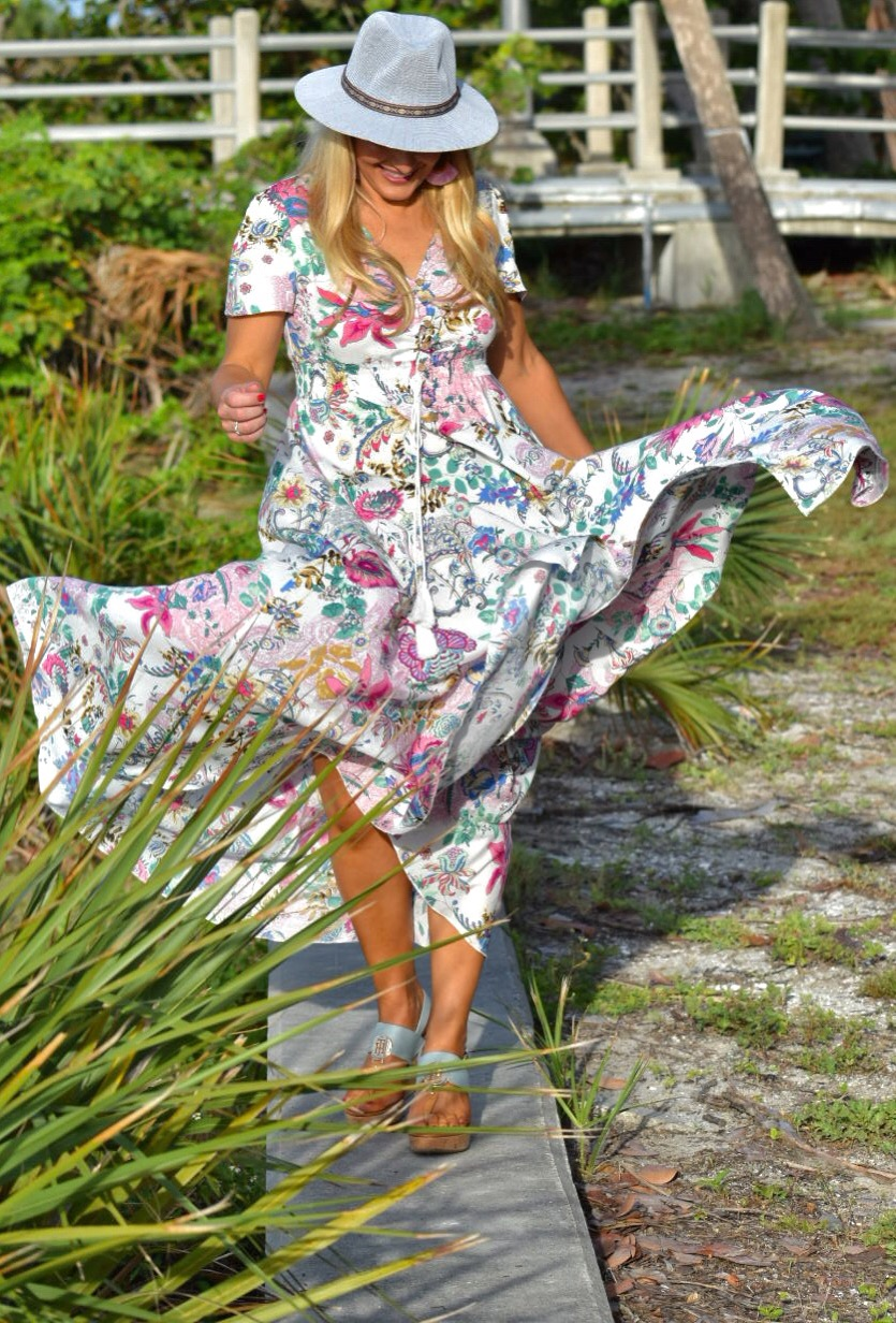 Boho Style, Bohemian Floral Dress, Floral Dress, Sugarfix by Baublebar Fringe Earrings, Fedora and Wedge shoes in Fort Desoto Florida