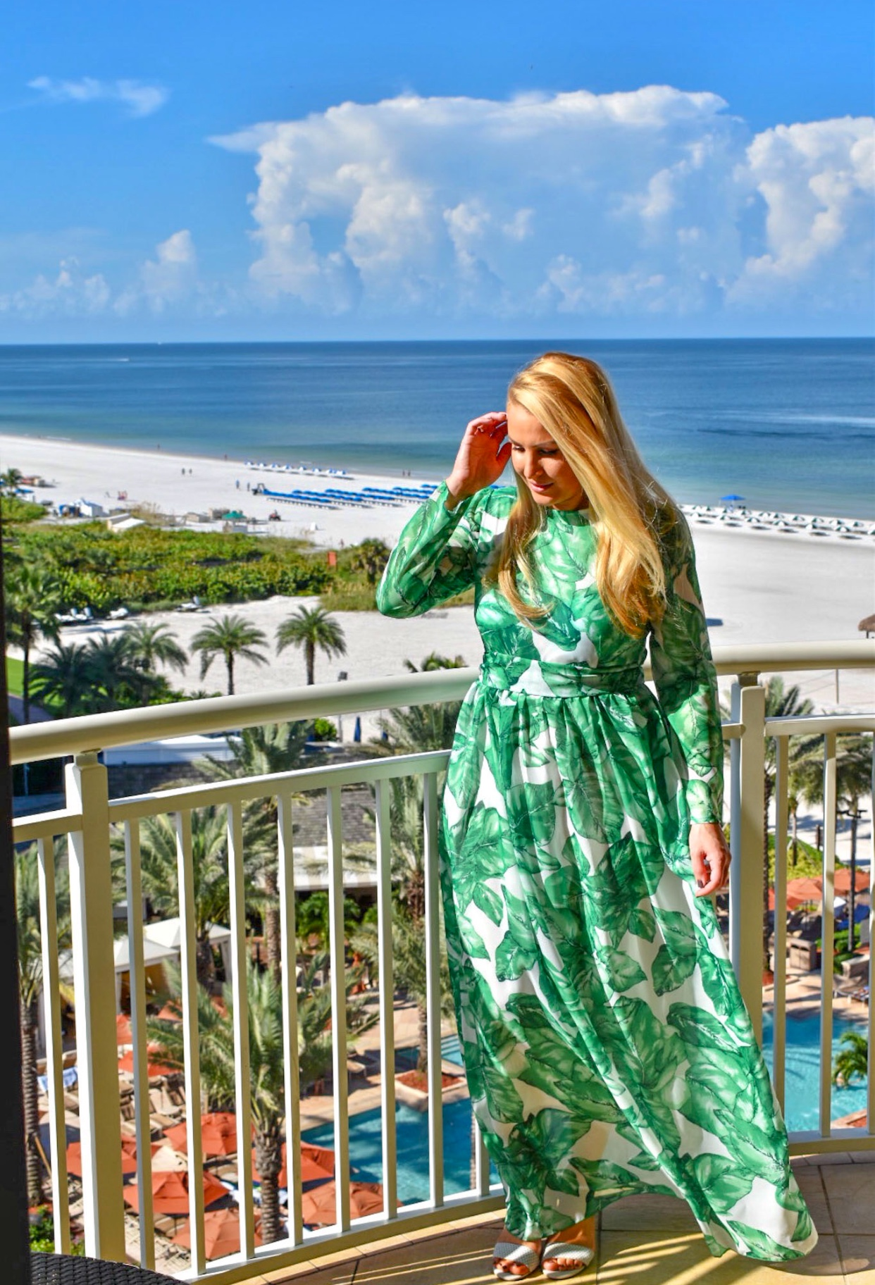 Palm Print, Palm leaf print dress, Shein Palm Leaf print dress, Green and White Dress in Marco Island Florida
